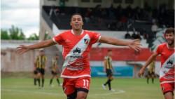 Deportivo Maipú derrotó 2-0 a Deportivo Madryn y ascendió a la Primera Nacional del fútbol argentino.