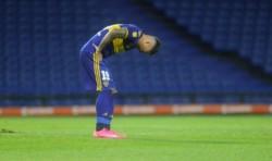 El jugador de Boca salió muy dolorido frente a Gimnasia.