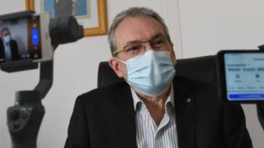 El ministro de Salud, Puratich.