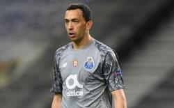 Agustín Marchesín fue titular en Porto, mientras que Dybala estuvo en el banco y no entró en Juventus.