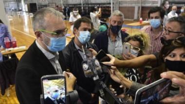 el ministro de Salud supervisó el avance de la campaña de vacunación en Comodoro Rivadavia.
