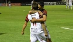 Con goles de Lugones, Luis López, Olivares y Aquilino, el Dragón se llevó el pase a la próxima instancia.