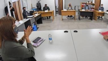 Cumbre. La ministra de Educación junto al secretario de Trabajo encabezaron ayer el encuentro con todos los sindicatos del sector.