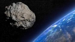 Comparación del tamaño del asteroide Apophis que pasará cerca de la Tierra el 6 de marzo.
