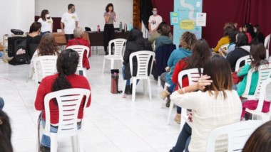 Promotores de toda la comarca participaron de la jornada de prevención contra la violencia de género.