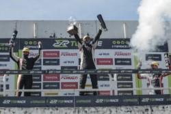 El piloto comodorense se alzó con el título del Top Race Junior.