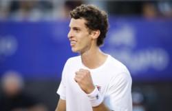 De película: 6-0, 2-6 y 6-2 al español Ramos Viñolas (47°, ex 17°, finalista de Montecarlo '17). De la Qualy al título. Hasta hace unos días no tenía partidos en el ATP Tour.