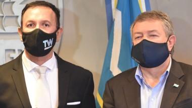 Decisión. Maderna (izquierda) y Yauhar explicaron la nueva postura.