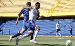 En el primer encuentro amistoso, Talleres derrotó a Boca 1-0. Ley del ex para Fragapane, autor del gol.