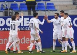 Varane dio la vuelta al marcador (55' y 84') con su primer doblete en Liga.