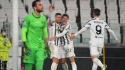 El equipo de Pirlo venció 2-0 a Roma y escaló posiciones en la Serie A.