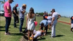 La primera imagen del accidente de Burlando mientras jugaba al polo.
