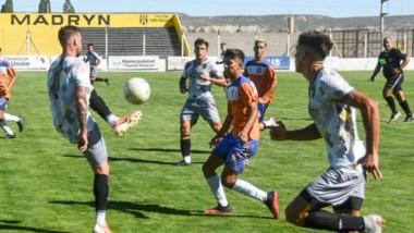 Deportivo Madryn jugó un amistoso de preparación contra JJ Moreno. El Federal A comienza el 11 de abril.