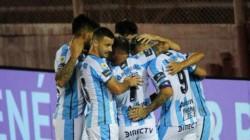 Atlético Tucumán fue contundente y le ganó a Patronato 4 a 2 en casa.