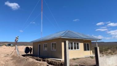 Al aire. La instalación de esta repetidora se realizó en el marco de un proceso de expansión informativa del Grupo Jornada en todos los rincones del territorio chubutense.