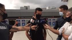 El técnico de la Selección habló en su llegada al país de cara a la doble fecha de Eliminatorias contra Uruguay y Brasil.