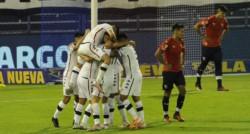 Luis Abram apareció a los 84 minutos y anotó de cabeza el 1-0 para darle el triunfo a Vélez.