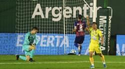 Defensa festeja y espera por el ganador de Independiente - Tigre.