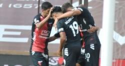 En un partido lleno de emociones, Colón pudo darlo vuelta para vencer por 3-1 a Platense.