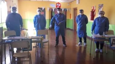 Los equipos de Salud en Colán Conhué, que comenzó a llevar adelante el Detectar ante la suba de casos.
