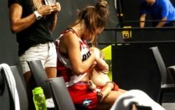 La imagen de la jugadora Antonella González dando el pecho a su hija de 11 meses durante un partido se hace viral.