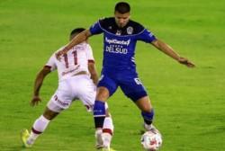 El Lobo dejó pasar una oportunidad para subirse al lote de protagonistas en la Copa de la Liga.