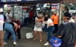Cuatro mujeres discutieron hasta llegar a los golpes de puño y agarrones de cabello en pleno centro de la ciudad de Mendoza.