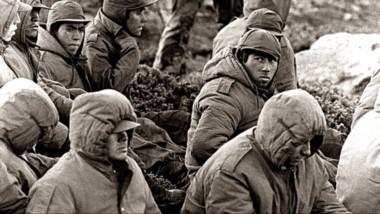Oficiales y suboficiales de las Fuerzas Armadas están imputados por infligir tormentos a soldados rasos.