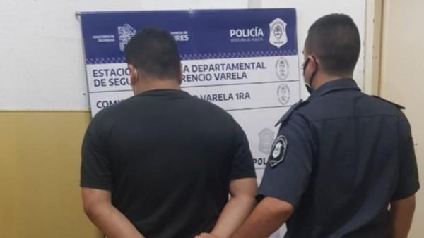 Gracias a los diversos datos que fueron obtenidos en el expediente, los integrantes de la comisaría 1ª de Florencio Varela apresaron al autor del ilícito.