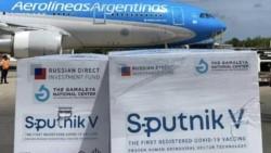Cargamento de 800.000 dosis de vacunas Sputnik V contra Covid-19 llegó a la Argentina.