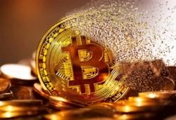 Con Bitcoin en plena picada, ¿es momento de comprar?