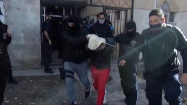 Dos individuos fueron detenidos en Trelew. Uno es un expolicía y el otro con antececedentes policiales.