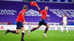 Un gol que puede valer una liga. El Lille remonta un 2-0 al Lyon y se pone líder a falta de 4 jornadas.