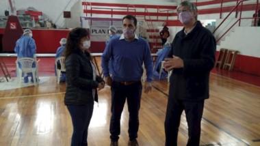 Sergio Ongarato visitó las instalaciones de San Martín de Esquel, donde se desarrolla el Plan Detectar.