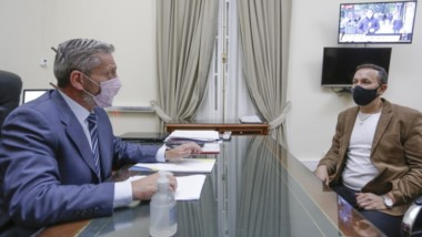 El intendente Maderna aseguró tras el encuentro con el gobernador que es inminente la firma con Nación por los presedimentadores.
