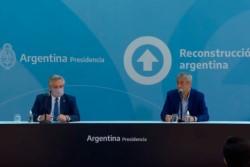El ministro Ferraresi junto al Presidente el día de la presentación del Programa.