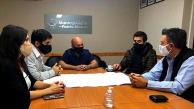 Gustavo Sastre recibió a empresarios de distintos rubros en la Municipalidad de Puerto Madryn.