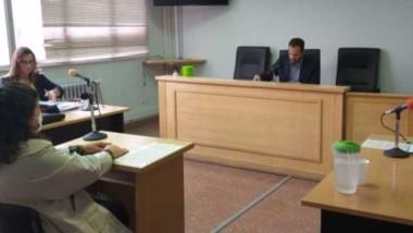La acusada, Andrea Rowlands, y el juez José Luis Ennis fueron informados de los hechos que se investigan.