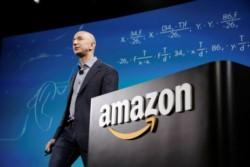 Jeff Bezos el hombre más rico del mundo y dueño de Amazon.