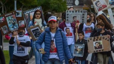 Para visibilizar como va la causa sobre su hijo, Liliana Guerra estuvo en una marcha por las calles de Trelew.