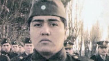 El 17 de agosto de 1982, Guillermo Huircapan fue ascendido a Soldado Dragoneante.