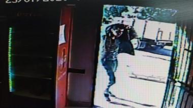 El malviviente pretendió robar tres botellas de vino en el barrio Inta.
