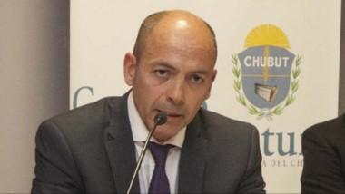 Maglione, presidente del cuerpo.