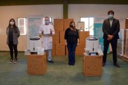 El Ministerio de Salud bonaerense completó la distribución de 300 concentradores de oxígeno y continuará a partir de hoy con la entrega de otros 600 equipos