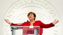 Kristalina sigue marcando grandes diferencias con la anterior jefa del Fondo, Christine Lagarde.