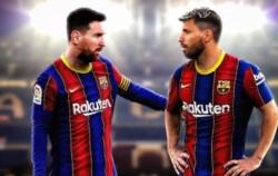 El >Kun llegará por dos temporadas y en Barcelona esperan que haga dupla con Messi.