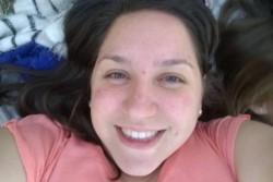 Ailén Florencia Actis, de 33 años, estudiante de derecho en la Universidad Nacional de Lomas de Zamora (UNLZ), docente y madre de dos niños.