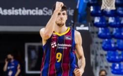 Leandro Bolmaro jugó 26 minutos, sumando 4 puntos y 3 asistencias.