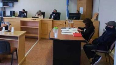 En los tribunales de Esquel, se llevaron a cabo los alegatos de las partes. El caso está como femicidio.
