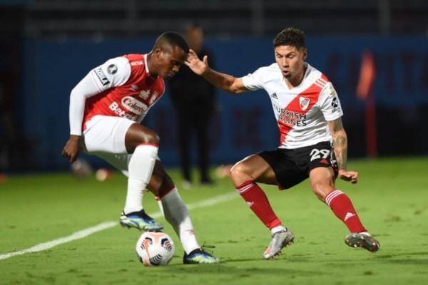 River tuvo muchas chances, pero no pudo abrir el marcador y empató 0-0 ante Independiente Santa Fe.